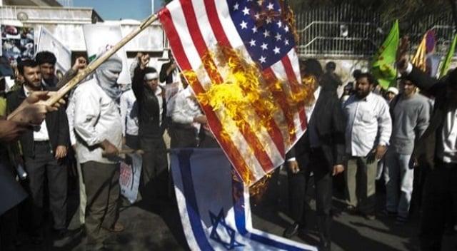 iran-burning-flag.jpg
